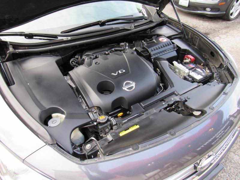 Nissan Maxima 2012 price $10,888