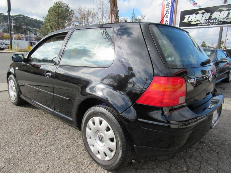 Volkswagen Golf 2001 price $3,488