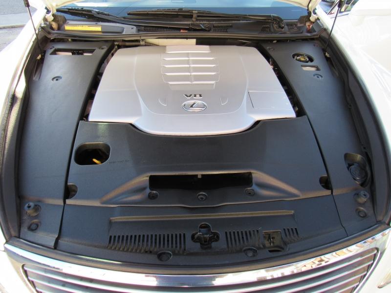 Lexus LS 460 2007 price $12,888
