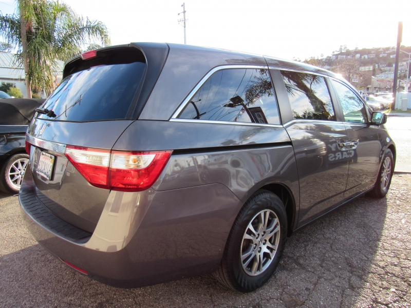 Honda Odyssey 2011 price $12,577