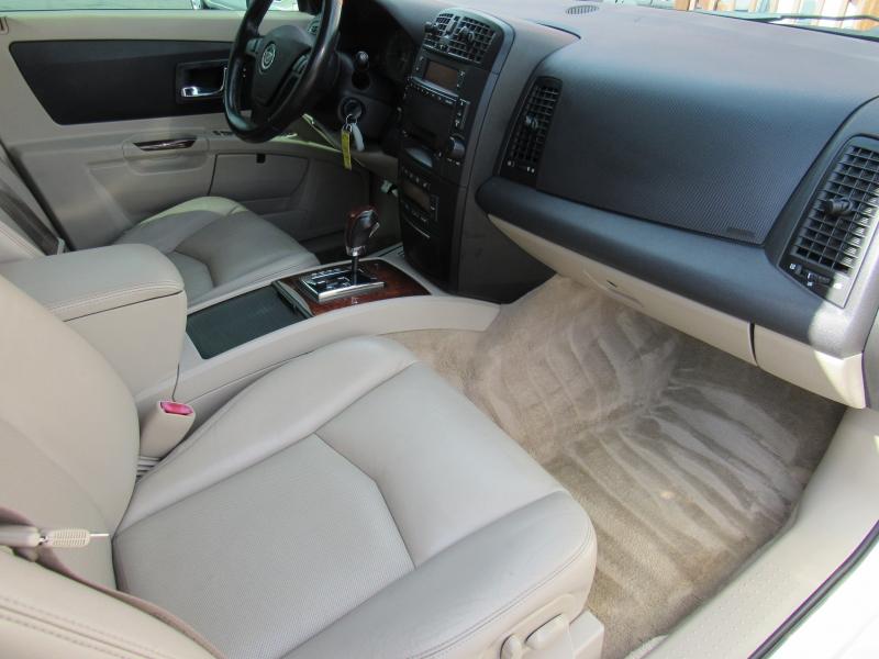 Cadillac SRX 2004 price $6,777
