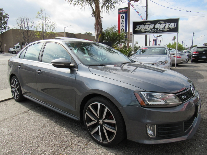 Volkswagen GLI 2013 price $9,577