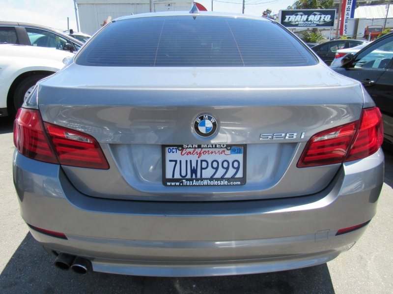 BMW 5-Series 2013 price $9,577