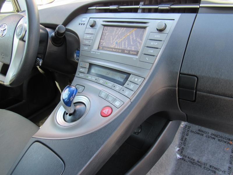 Toyota Prius 2012 price $9,888