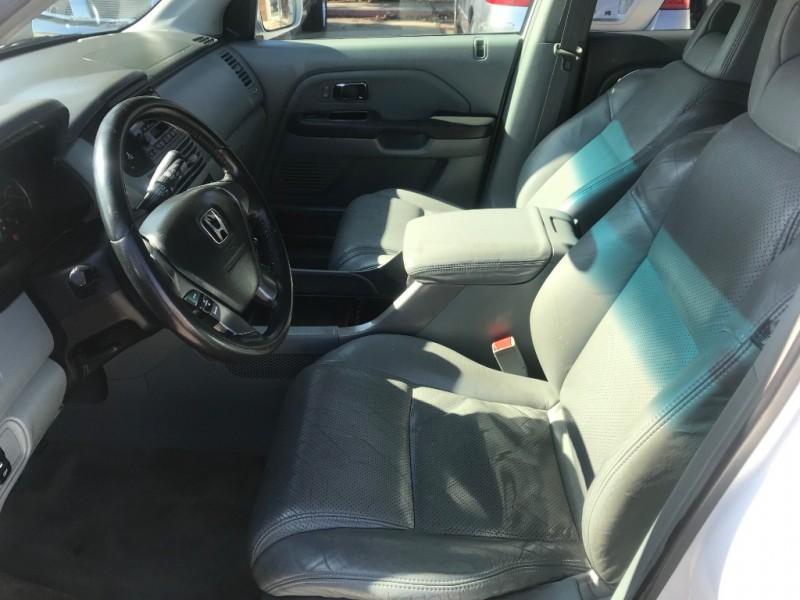 Honda Pilot 2004 price $3,900