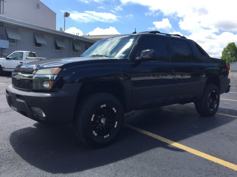 Chevrolet Avalanche 2003 price $10,250