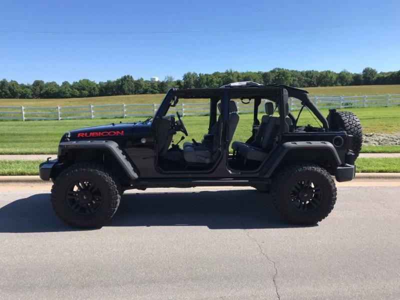 Jeep Wrangler Unlimited 2010 price $20,500