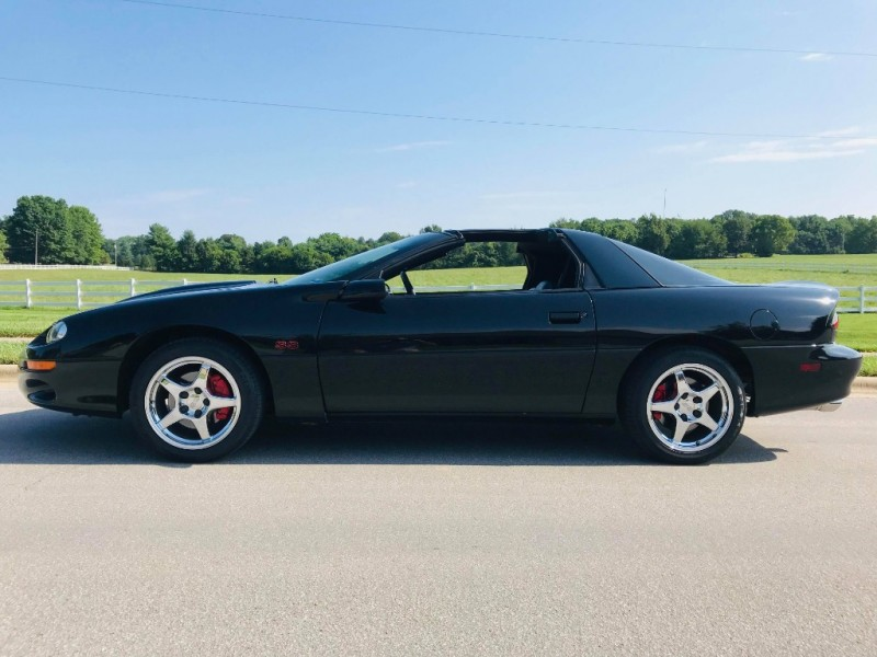 Chevrolet Camaro 2002 price $15,950