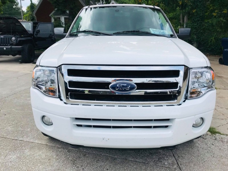 Ford Expedition EL 2012 price $13,950