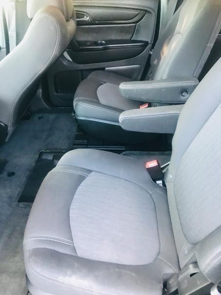 Chevrolet Traverse 2013 price $7,950