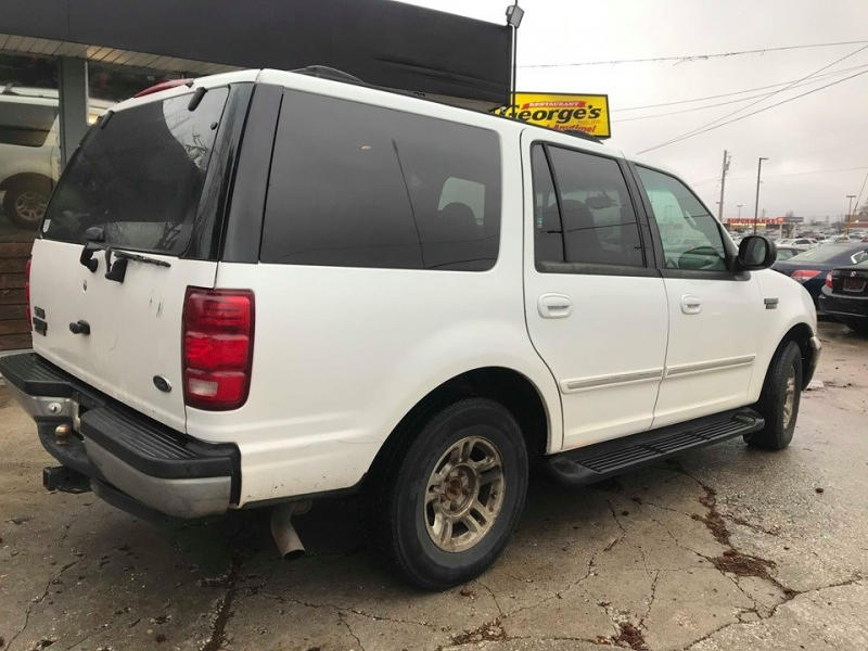Ford Expedition 2001 price $2,500