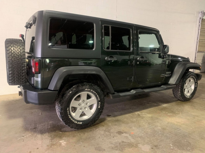 Jeep Wrangler Unlimited 2011 price $13,950