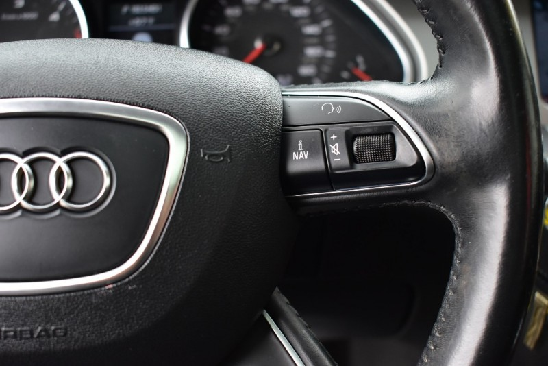 Audi Q7 2015 price $25,999