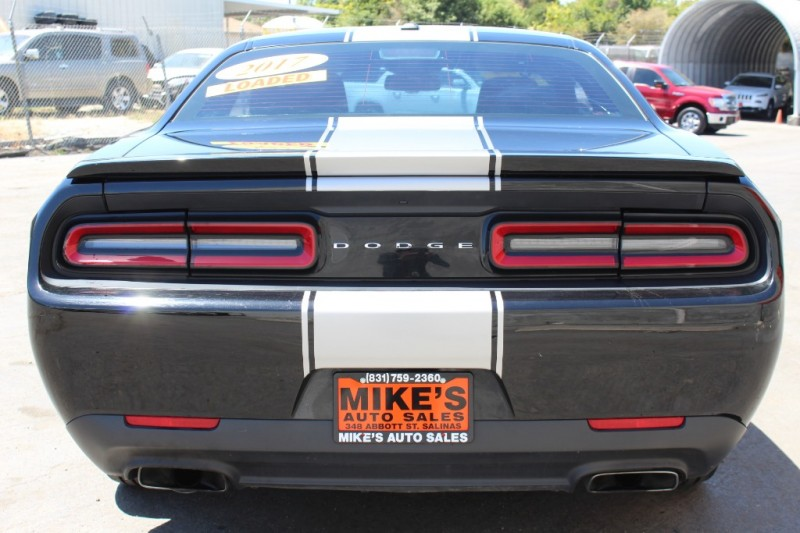 Dodge Challenger 2017 price $24,999