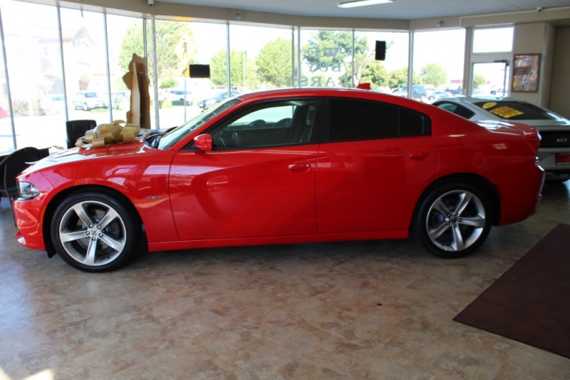 Dodge Charger 2017 price $24,999