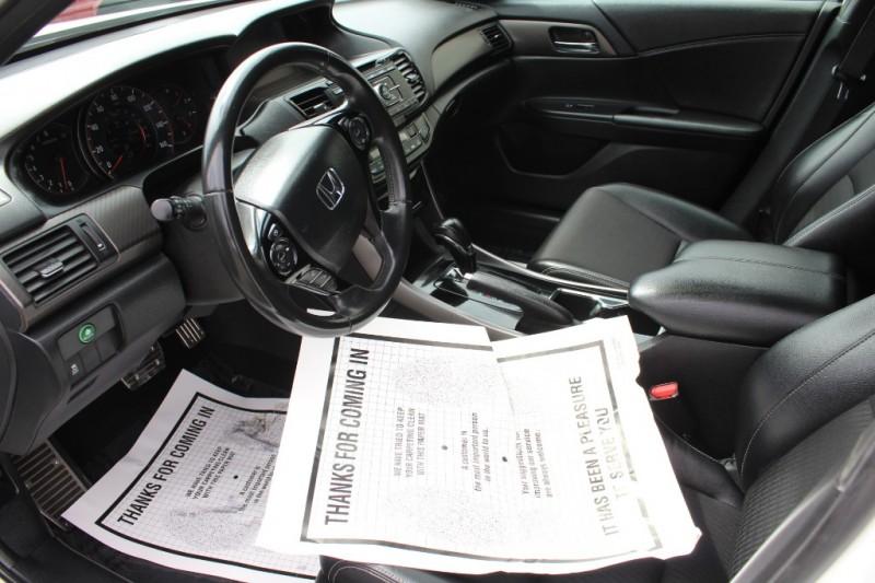 Honda Accord Sedan 2017 price $22,999