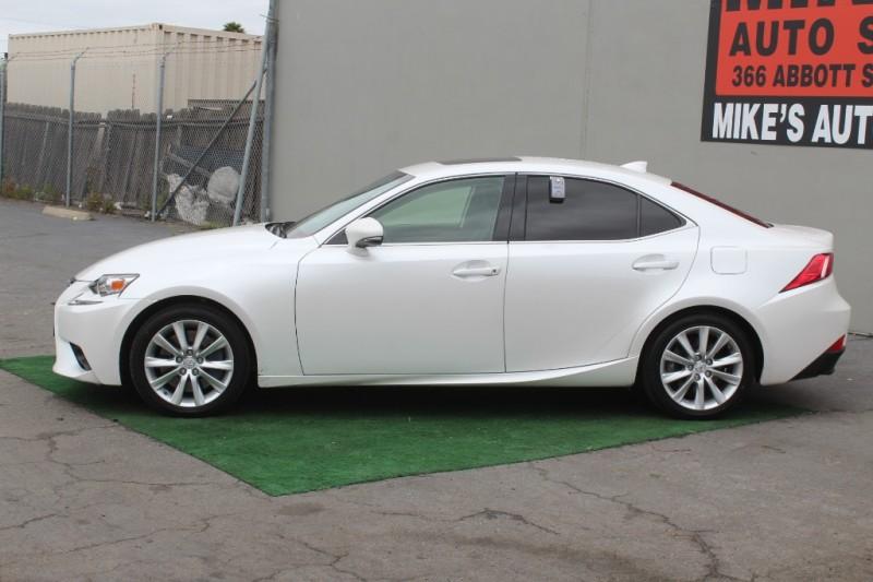 Lexus IS 200t 2016 price $26,999
