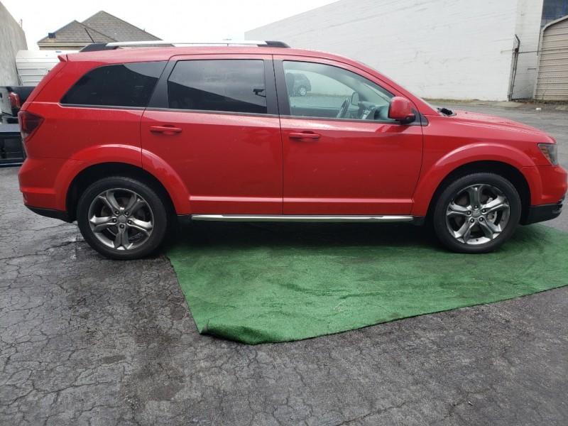 Dodge Journey 2016 price $15,999