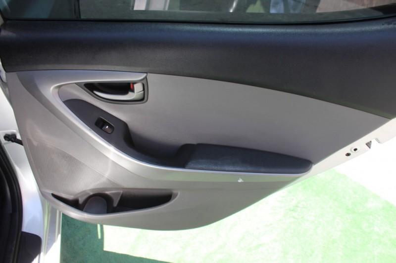 Hyundai Elantra 2016 price $9,999
