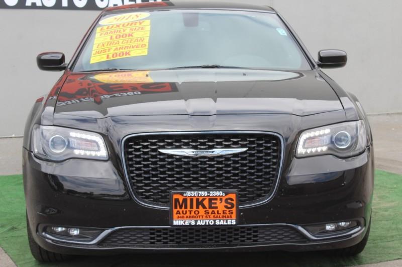 Chrysler 300 2018 price $22,999