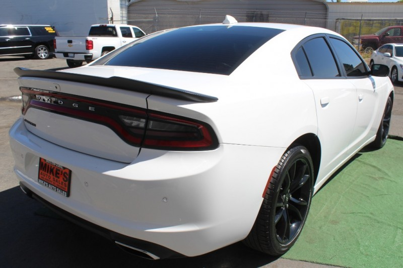 Dodge Charger 2018 price $23,999