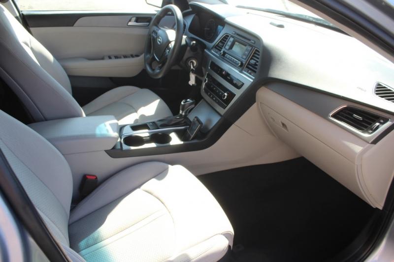 Hyundai Sonata 2017 price $12,999