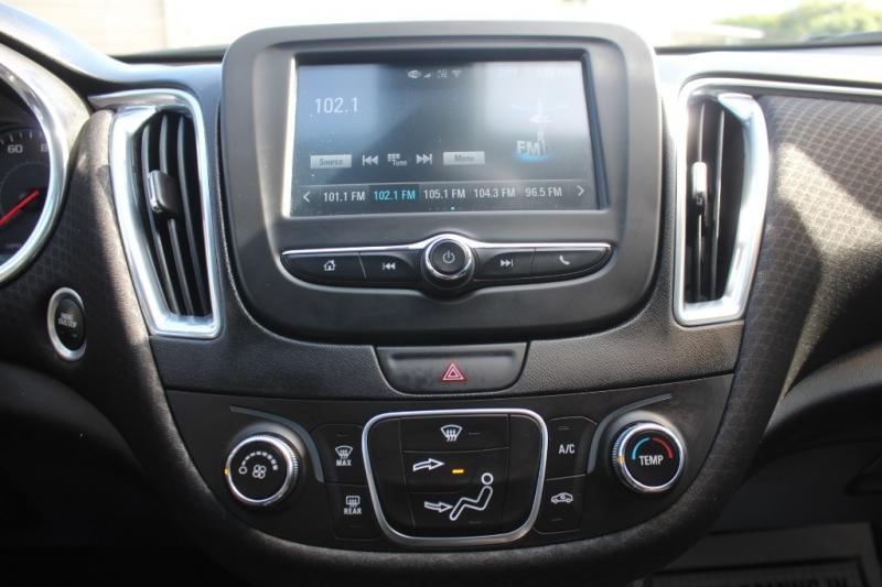 Chevrolet Malibu 2018 price $15,999