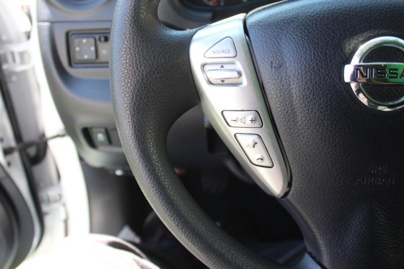 Nissan Versa Sedan 2018 price $10,999