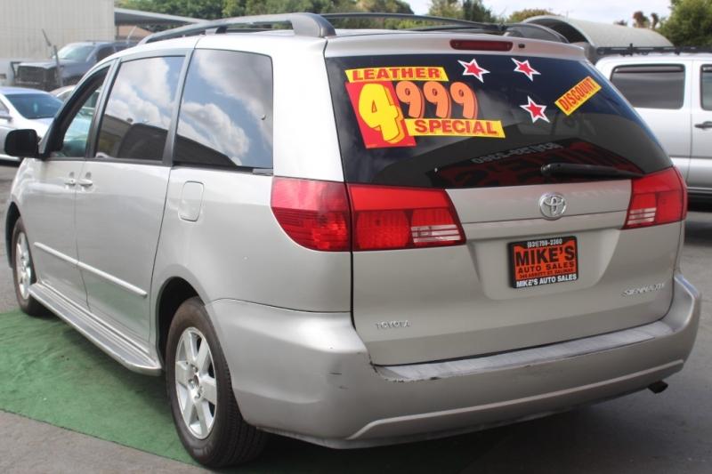 Toyota Sienna 2004 price $4,999