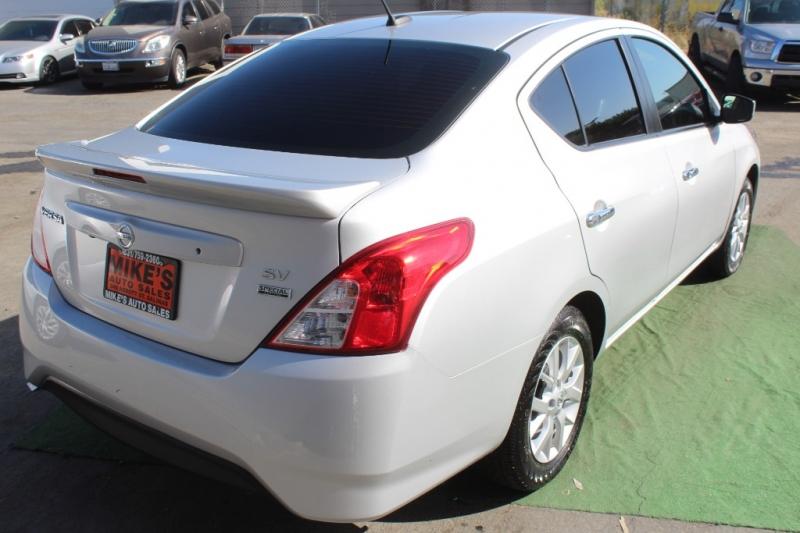 Nissan Versa Sedan 2018 price $12,999