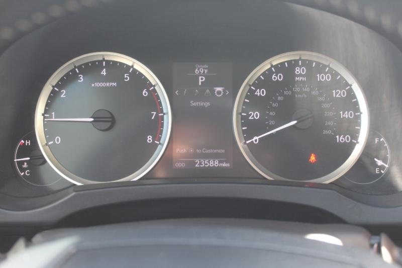 Lexus IS 200t 2016 price $24,999