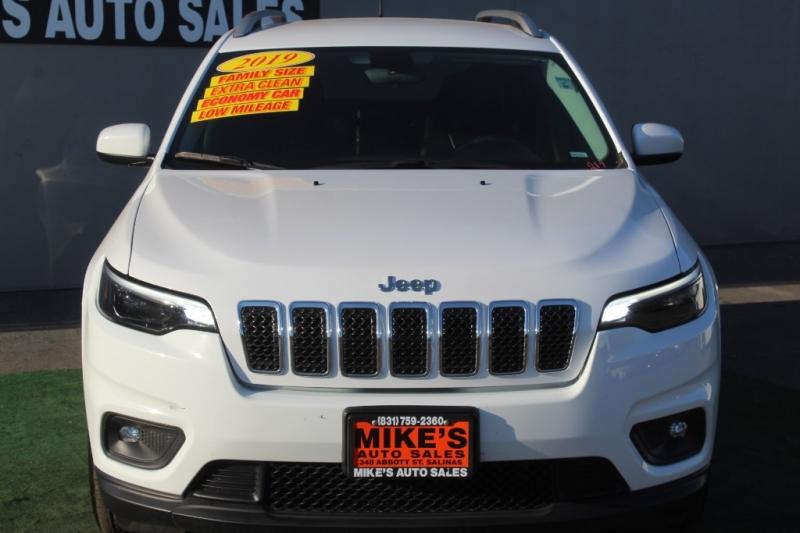 Jeep Cherokee 2019 price $17,999