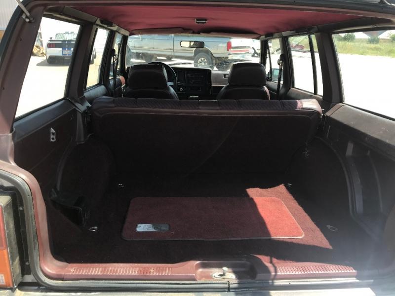 Jeep Cherokee 1988 price $2,850