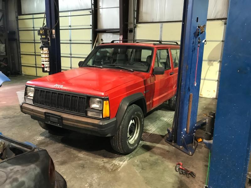 Jeep Cherokee 1996 price $2,550