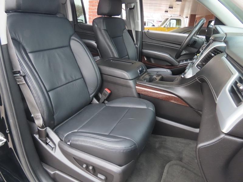 GMC Yukon XL 2015 price $33,950