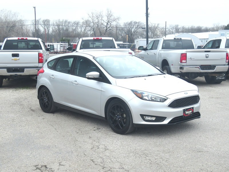 Ford Focus 2016 price $11,950