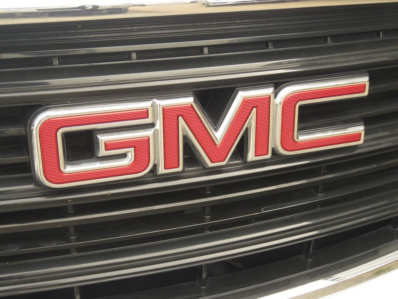 GMC Terrain 2018 price $22,950