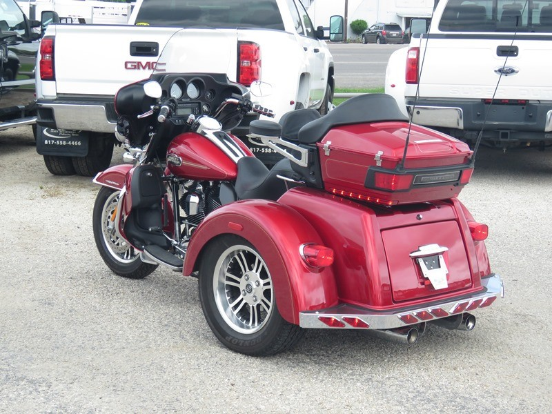 Harley-Davidson Tri Glide 2013 price $24,950