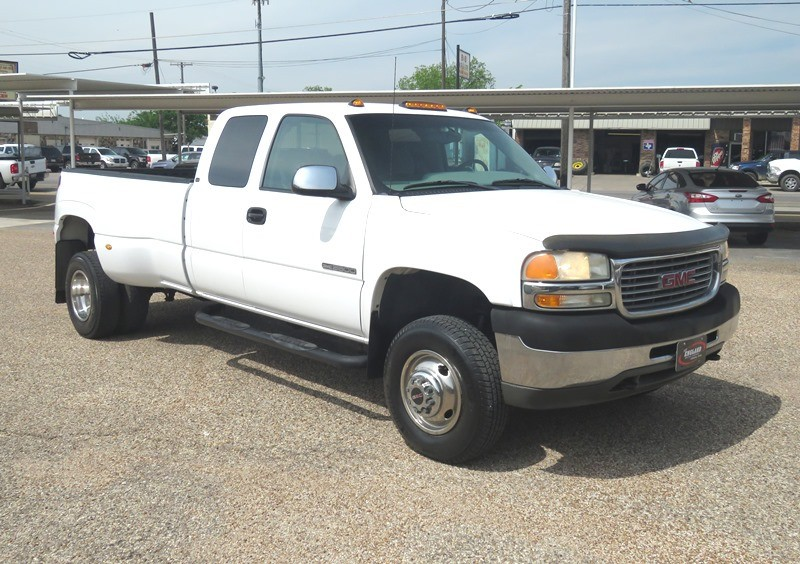 GMC Sierra 3500 2001 price $12,950