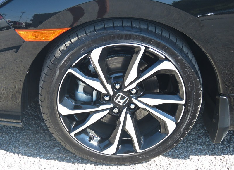 Honda Civic Si Coupe 2019 price $22,950