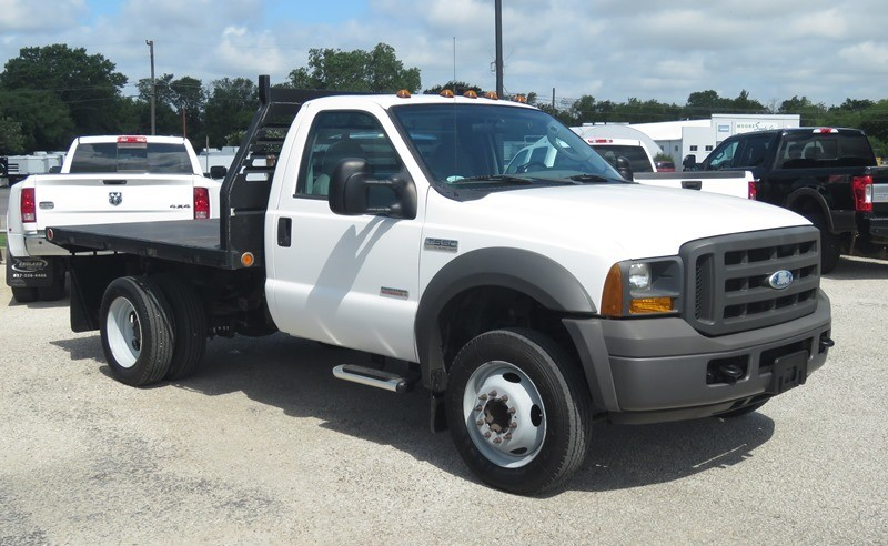 Ford Super Duty F-550 DRW 2005 price $16,950