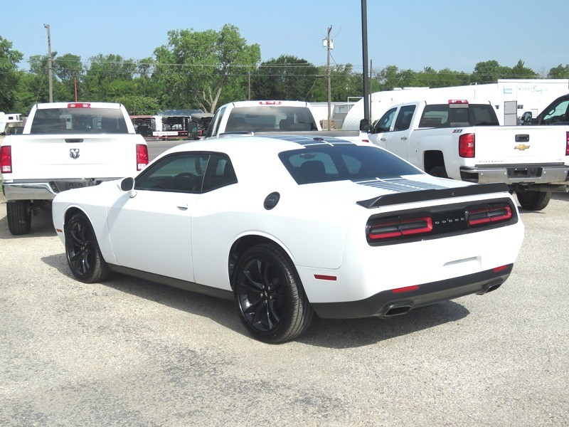 Dodge Challenger 2017 price $20,950