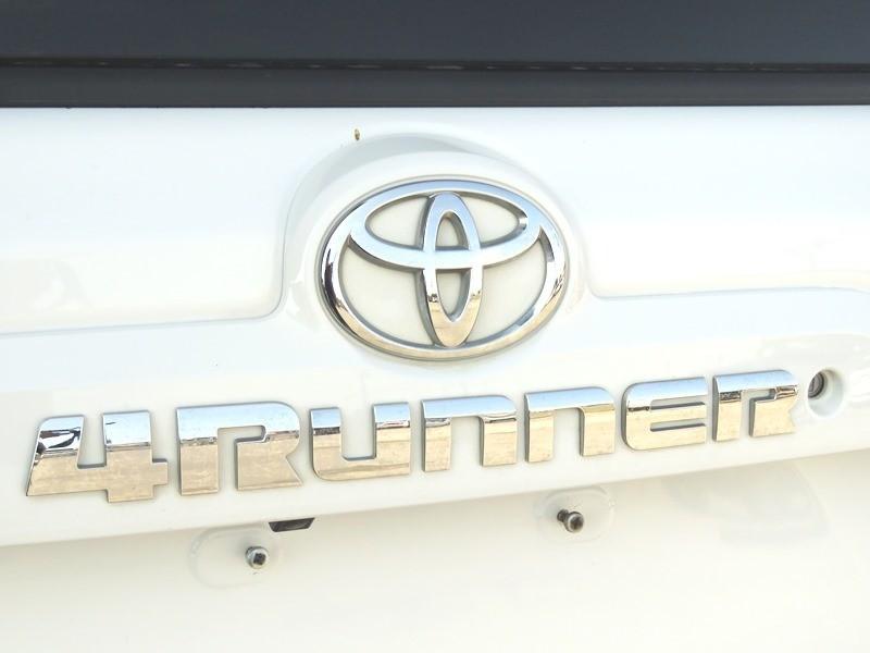 Toyota 4Runner 2018 price $33,950