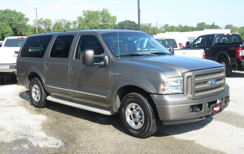 Ford Excursion 2005 price $16,950