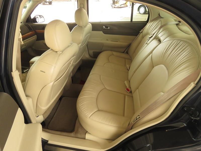 Lincoln Continental 2001 price $3,950