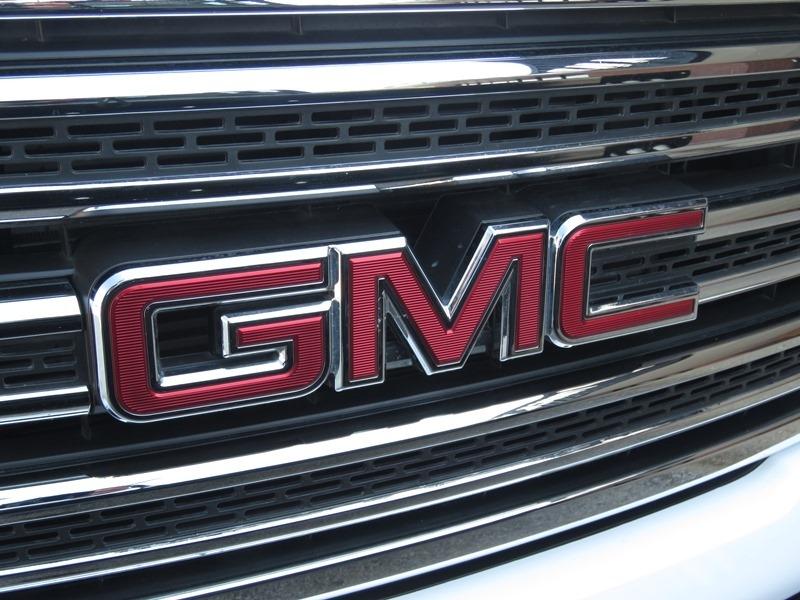 GMC Canyon 2018 price $36,950