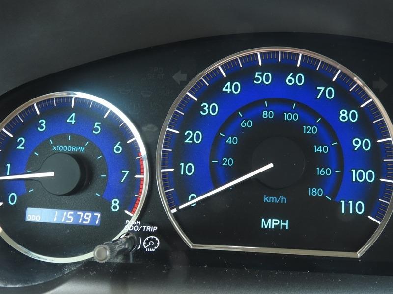 Toyota Sienna 2009 price $16,950