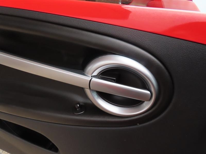 Chevrolet SSR 2003 price $23,950