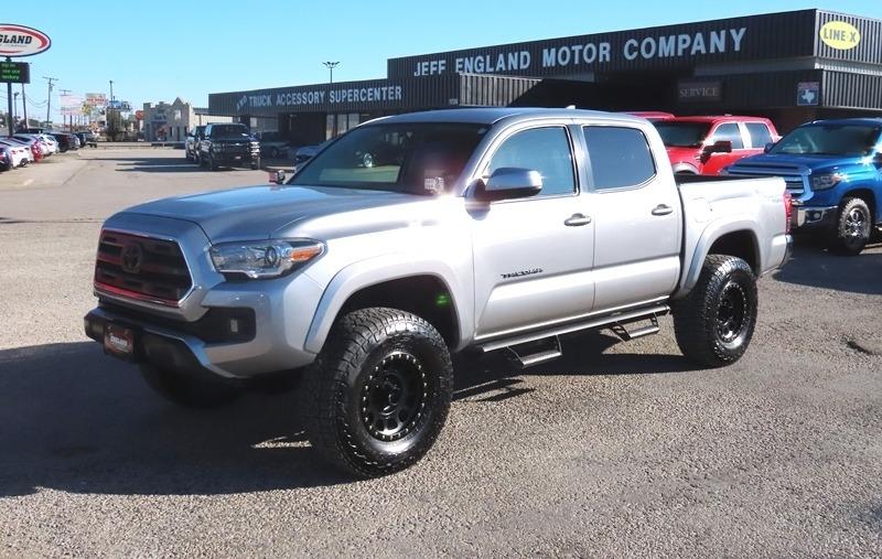 Toyota Tacoma 2017 price $29,950