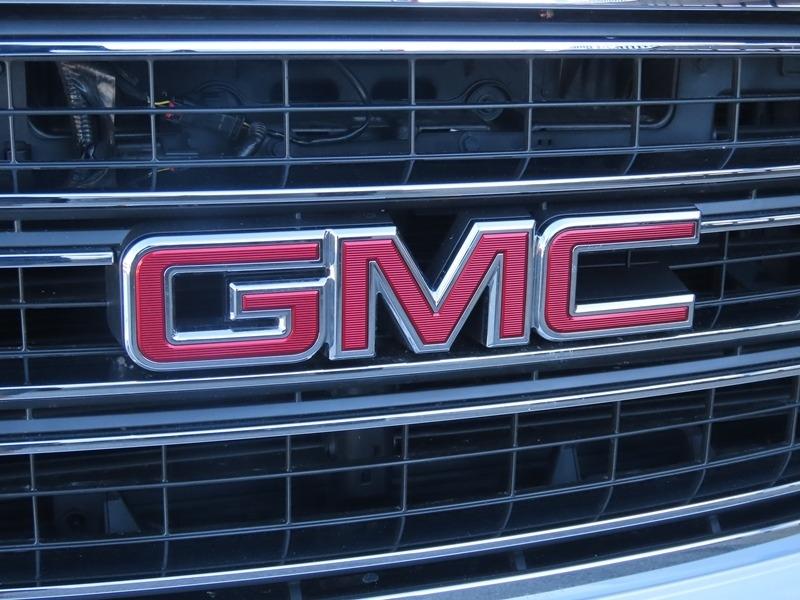GMC Yukon 2019 price $46,950